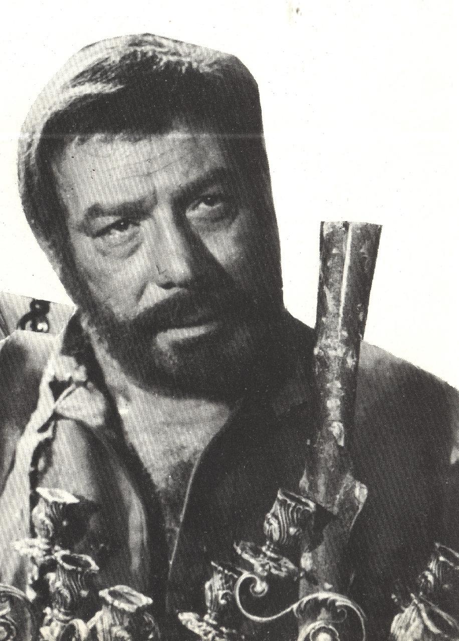 فريد شوقي في فيلم البؤساء