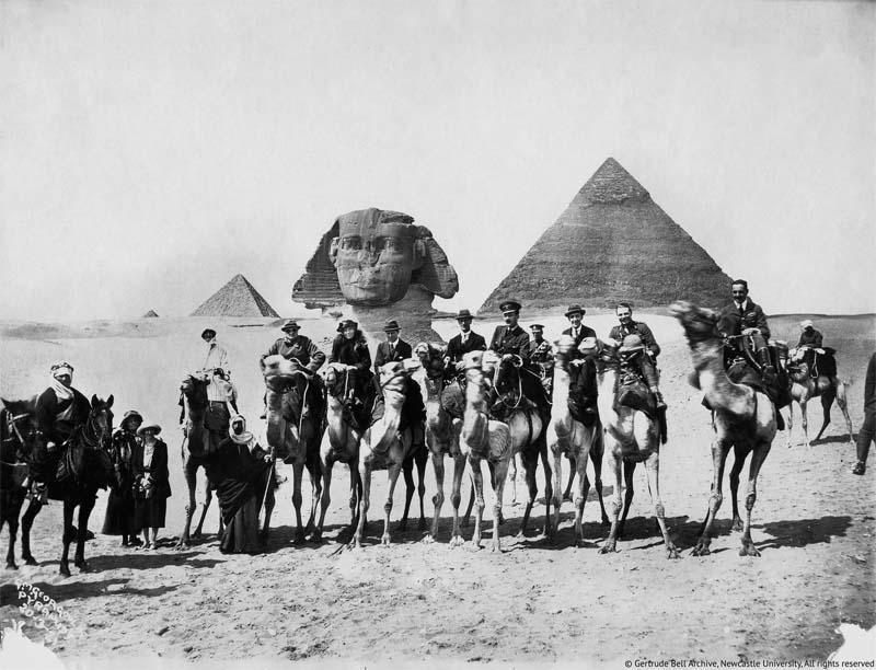 جيرترود بيل في مؤتمر القاهرة، 1921